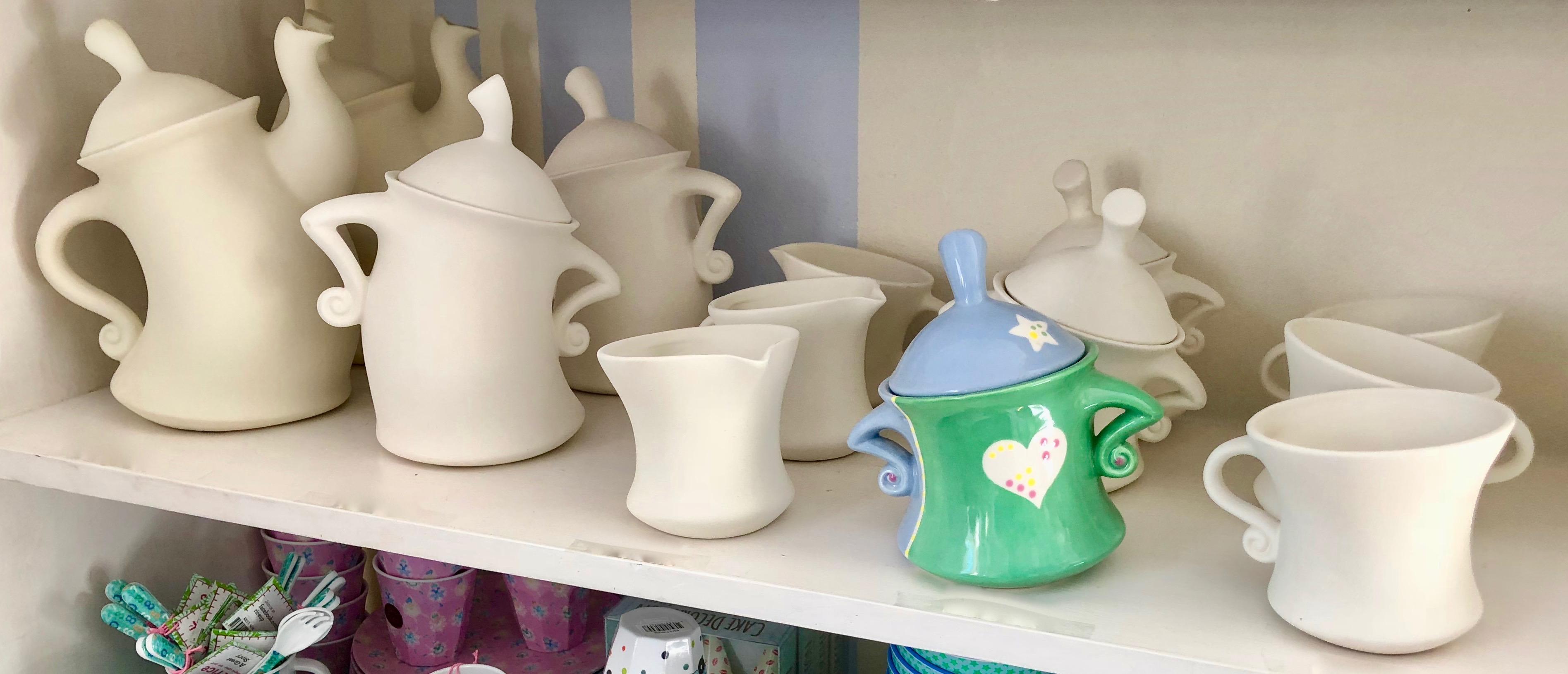 Dancing Teepot, Dancing Cup, Dancing Pot